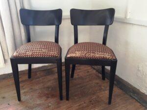 Staré židle oživíte na kurzu čalounění